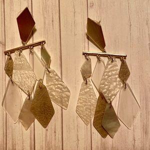 Kendra Scott Gold & Clear Dangle Earrings NWOT